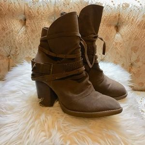 Shoes - Slouch Brown Booties